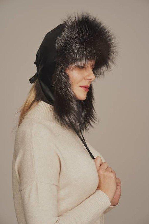 Uschanka Mütze aus Silberfuchs mit Lederbesatz